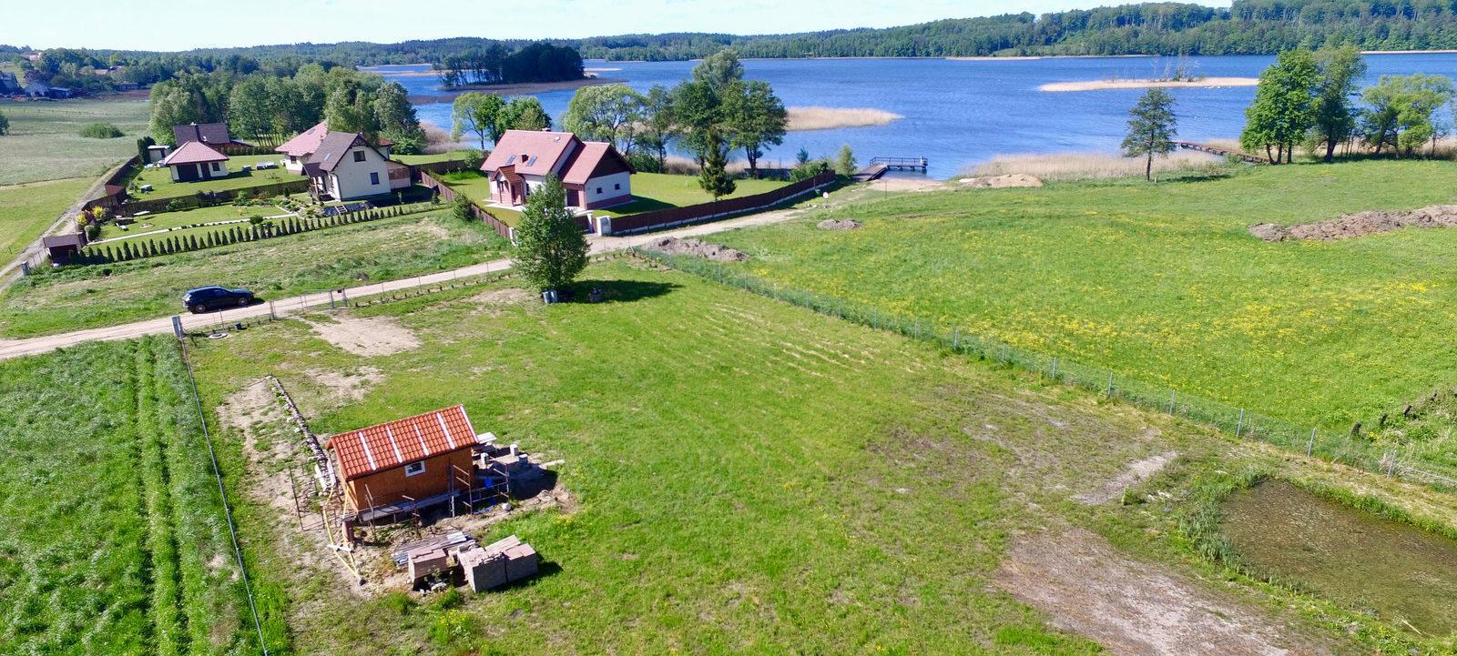 Zainwestuj w domki rekreacyjne nad jeziorem Narie | Domy na Warmii i Mazurach